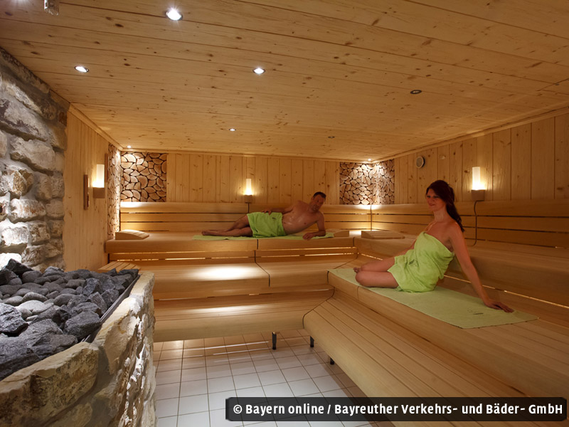 lohengrin therme bayreuth. Black Bedroom Furniture Sets. Home Design Ideas